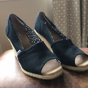 Never worn TOMs wedges